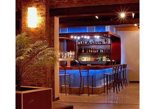 Trang Trí Quầy Bar